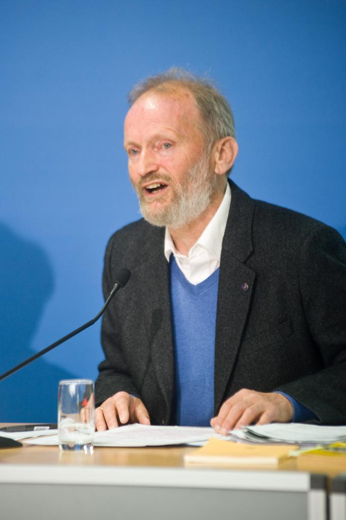 Dr. Eisenhart von Loeper